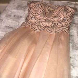 BEAUTIFUL BLUSH PINK PROM DRESS SHORT W TULLE